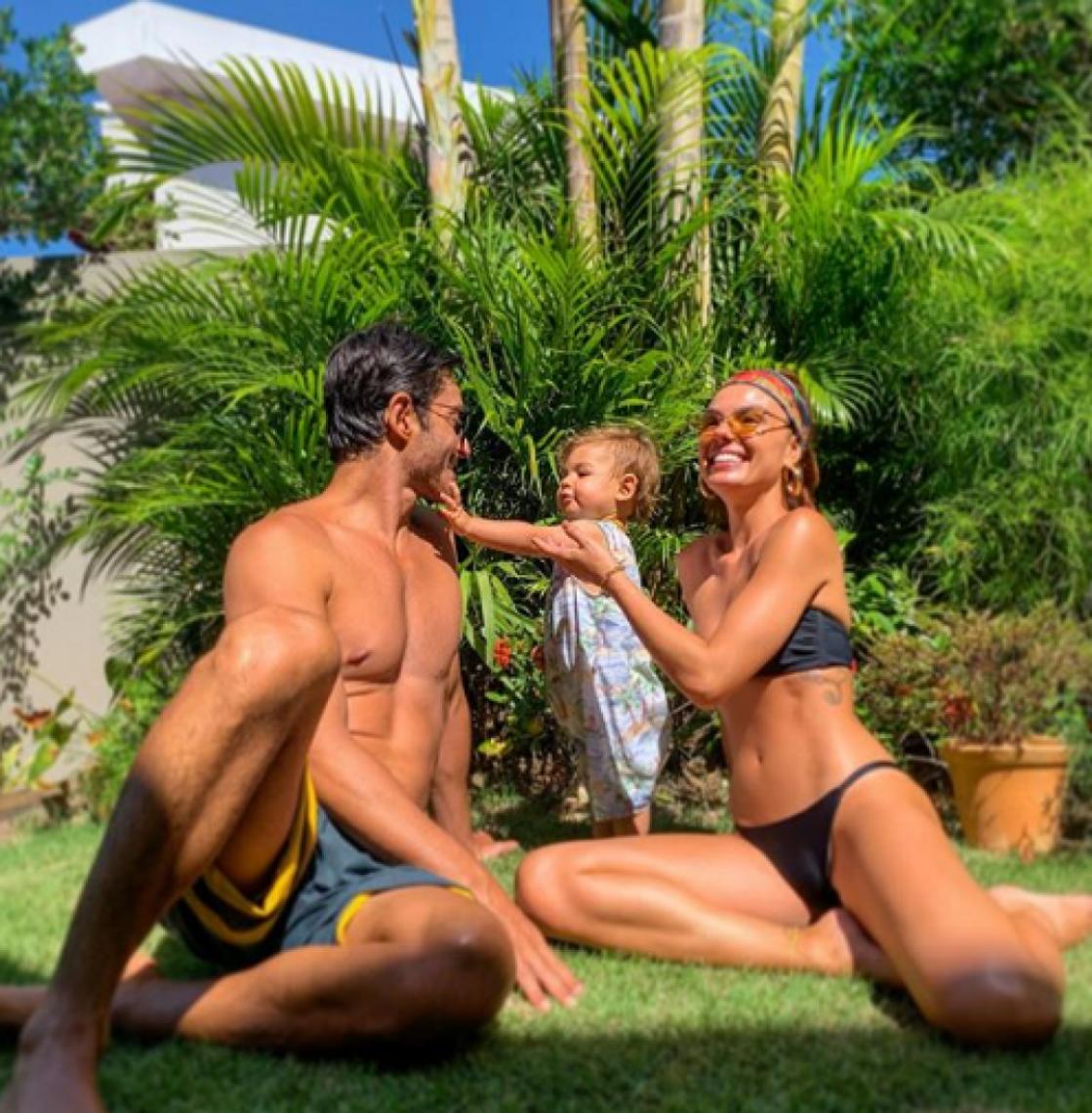 A atriz é mãe de Rael, de um ano fruto de seu casamento com o modelo André Resende.