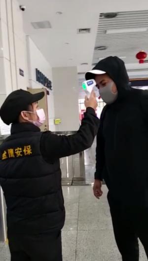 A cearense mora a 1.500 km de Wuhan, cidade considerada o epicentro da doença