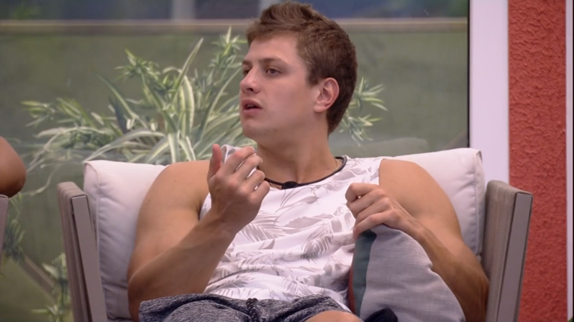 Lucas foi o quarto eliminado do reality show;