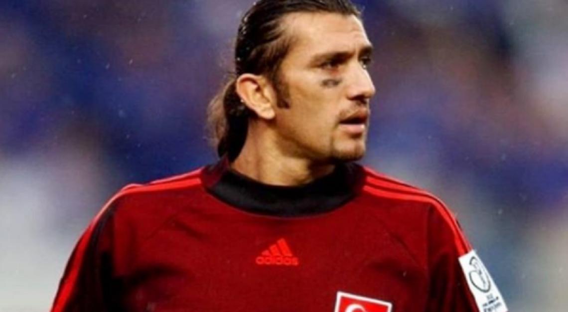 Rustu foi goleiro da seleção turca