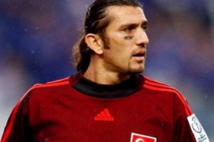 Rustu foi goleiro da seleção turca (Foto: Reprodução Instagram)