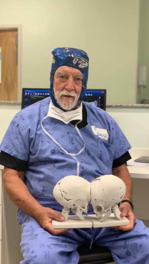 James T. Goodrich ganhou notabilidade no Brasil em 2018, quando orientou a cirurgia de separação das irmãs cearenses Ysablle e Ysadora, siamesas que nasceram unidas pela cabeça
