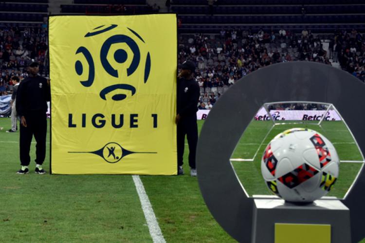 Temporada de 2020/21 pode acontecer com 22 equipes  (Foto: Pascal Pavani/AFP)