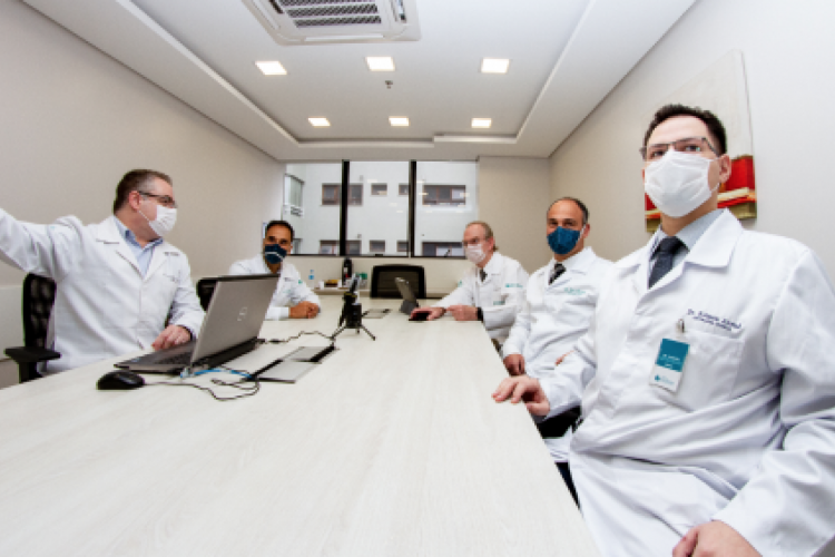 The free online meeting will be held on Friday, the 27th, at noon.  The event is an initiative of the Integrated Oncology Center (CIO) (photo: Reproduction / CIO)