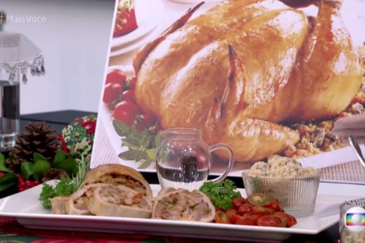 Rocambole de peru natalino com molho de mostarda e mel foi apresentado hoje, 1/12, no Mais Você por Ana Maria Braga (Foto: Reprodução/TV Globo)