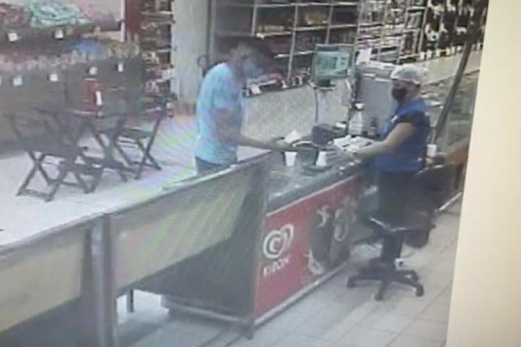 Imagens de suspeitos de roubo a malote em supermercado de Fortaleza  (Foto: divulgação/Polícia Civil )