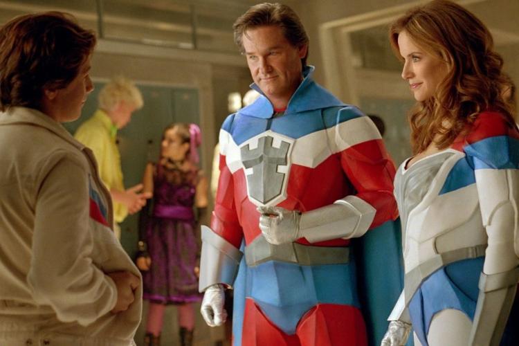 """""""Super Escola de Heróis"""" é o filme da Sessão da Tarde de hoje, terça-feira, 19 de janeiro (Foto: Reprodução/ Twitter)"""