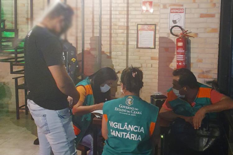 Vigilância Sanitária do Estado interditou 19 estabelecimentos em Fortaleza  (Foto: (Divulgação/Sesa))