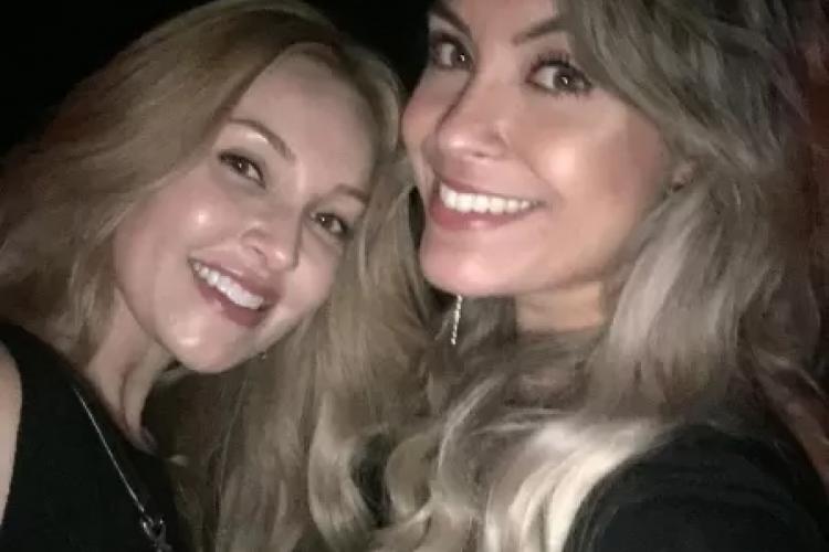 Sarah Andrade ao lado da amiga Ellen Peters, com quem morou em Los Angeles (Foto: Reprodução/Instagram)