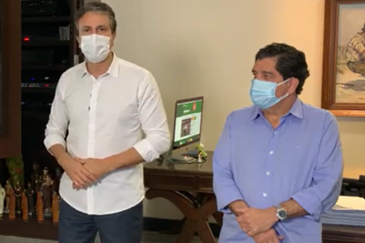 Em anúncio de prorrogação do lockdown, governador Camilo Santana e secretário dr. Cabeto apresentam indicadores da Covid-19 do Estado  (Foto: (Foto: Facebook/reprodução))