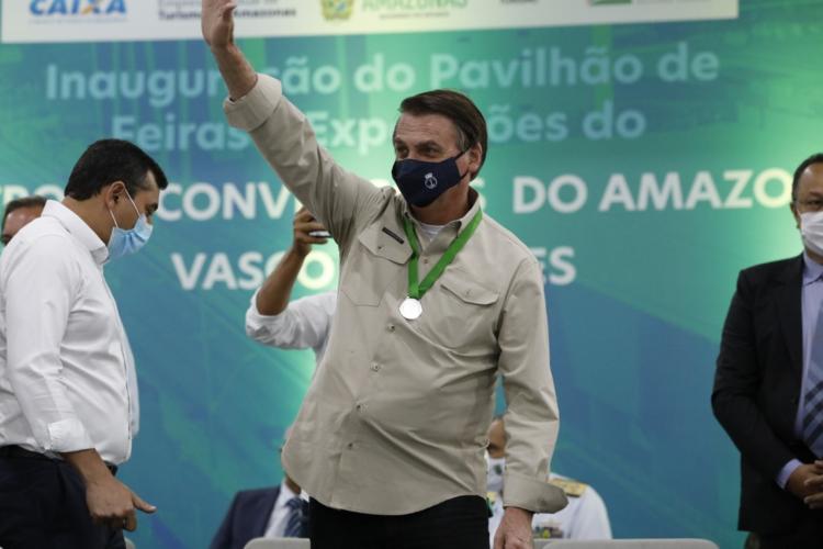 Bolsonaro responsabiliza prefeitos e governadores por desemprego (Foto: )