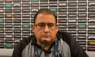 Técnico Guto Ferreira concedeu entrevista coletiva após derrota contra o Bahia.