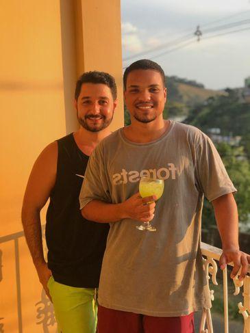 Dia dos Namorados: José Wilker e Gabriel começaram a namorar e a morar juntos em meio ao surto do novo coronavírus