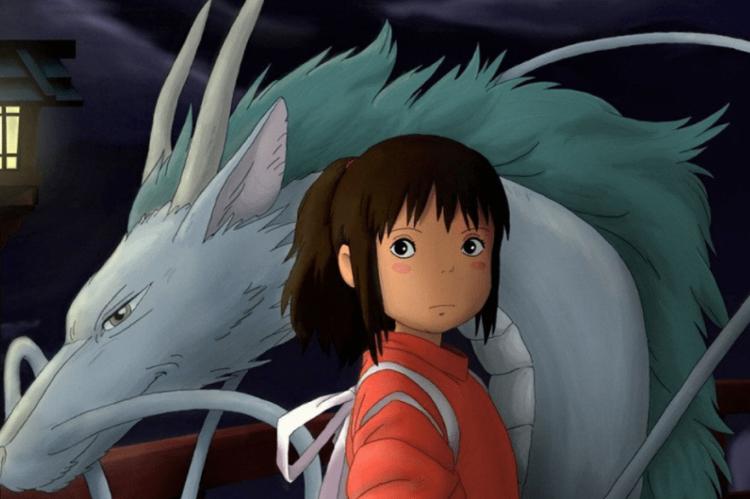 'A Viagem de Chihiro' acompanha a trajetória de uma menina de 10 anos