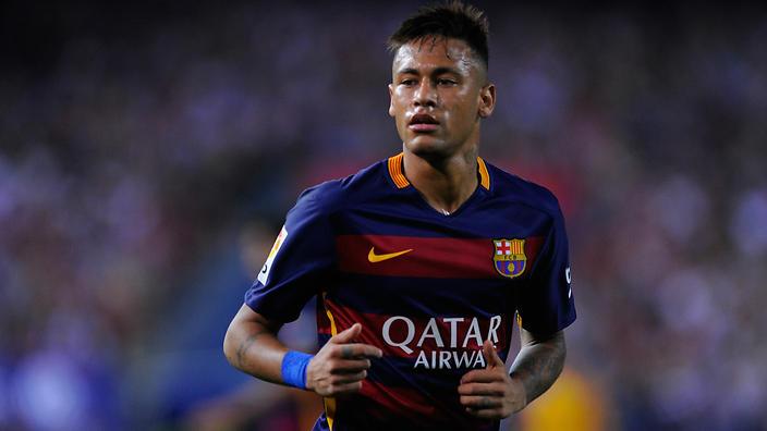 Neymar, com a camisa do Barcelona, em campo