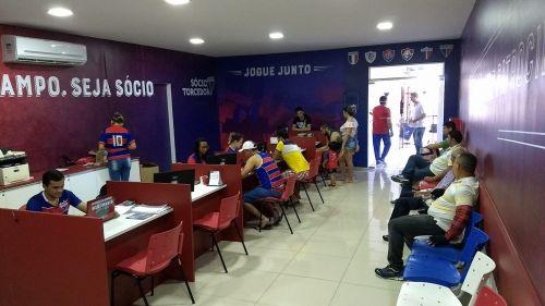 Número de sócios-torcedores do Fortaleza tem crescido 15% de um mês para o outro