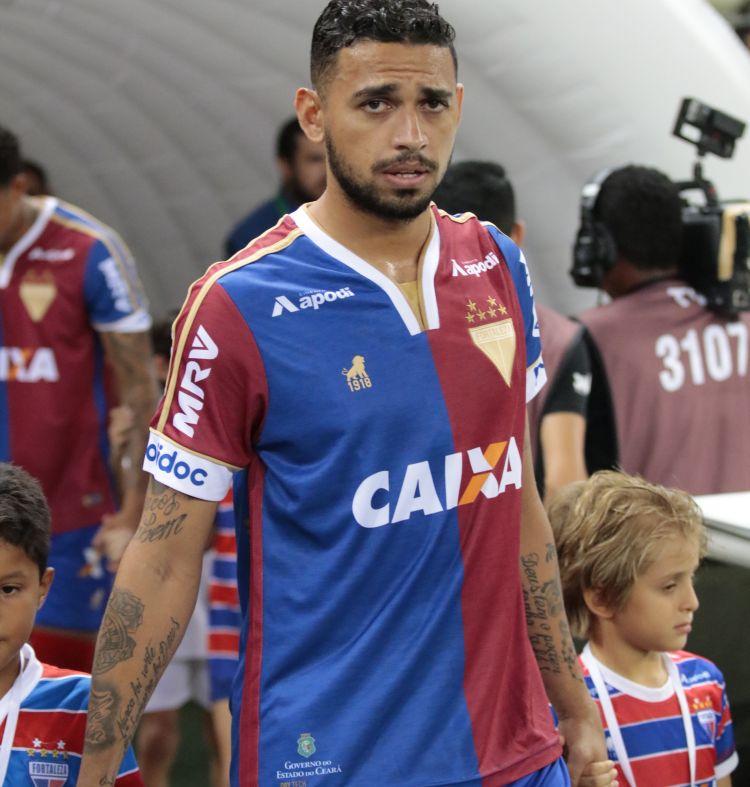 Criador de nova camisa do Fortaleza explica o conceito do uniforme ... 3a422ebbcba28
