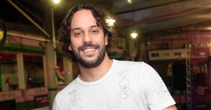 O rapper brasileiro Gabriel o Pensador