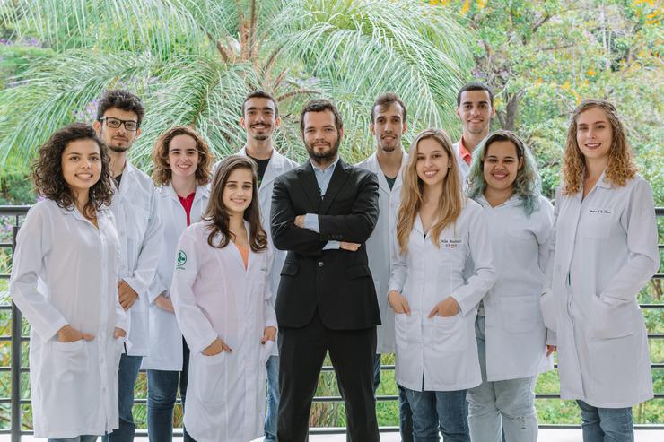 Equipe que conduz a pesquisa de células-tronco hematopoiéticas