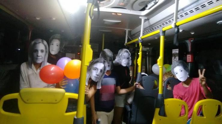 Os amigos fizeram festa surpresa para Yárita com máscaras de vilãs de novelas