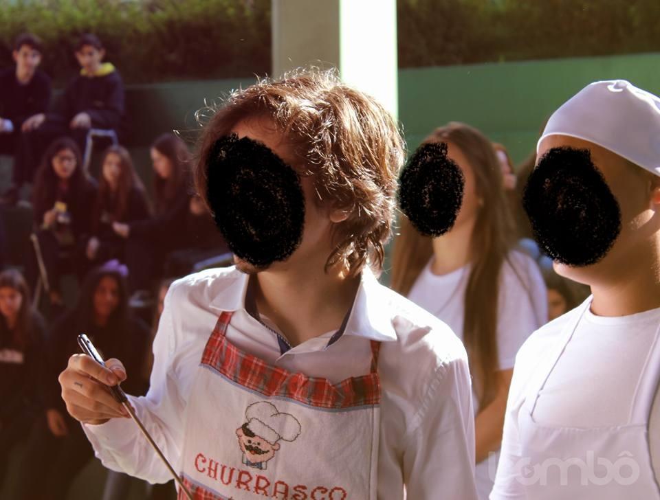 Estudantes Fazem Festa Com Tema Se Nada Der Certo E Caso Gera