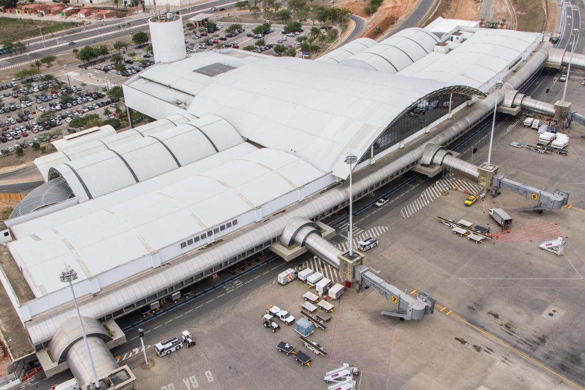 Parte de trás do Aeroporto Pinto Martins em Fortaleza