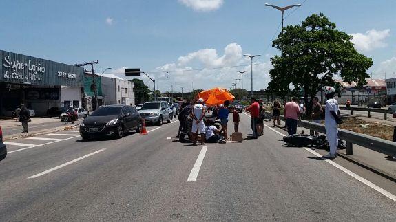 O atropelamento aconteceu entre o fim da manhã e início da tarde deste  sábado (Foto f77eb05174af5