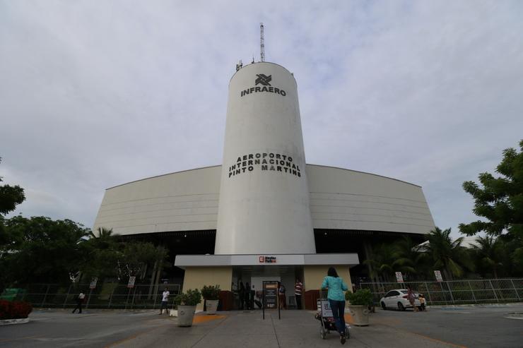 Fachada d Aeroporto de Fortaleza