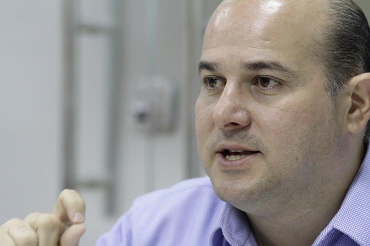 Foto do prefeito Roberto Cláudio