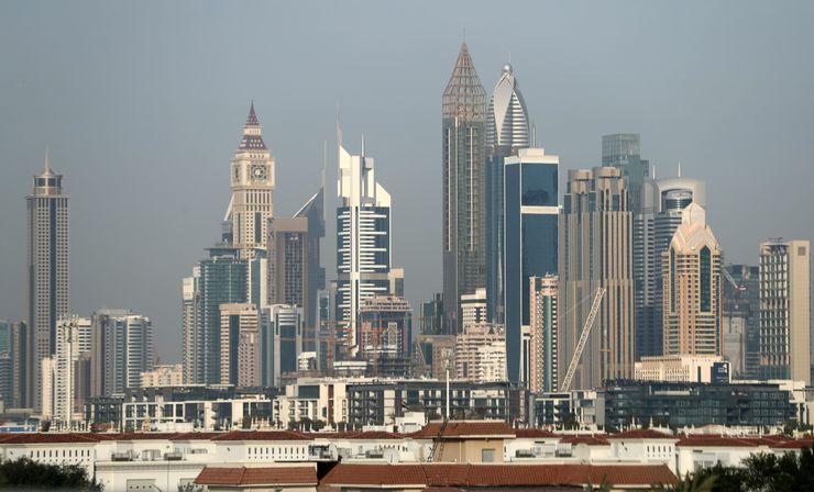 Paisagem de Dubai, com hotel em destaque