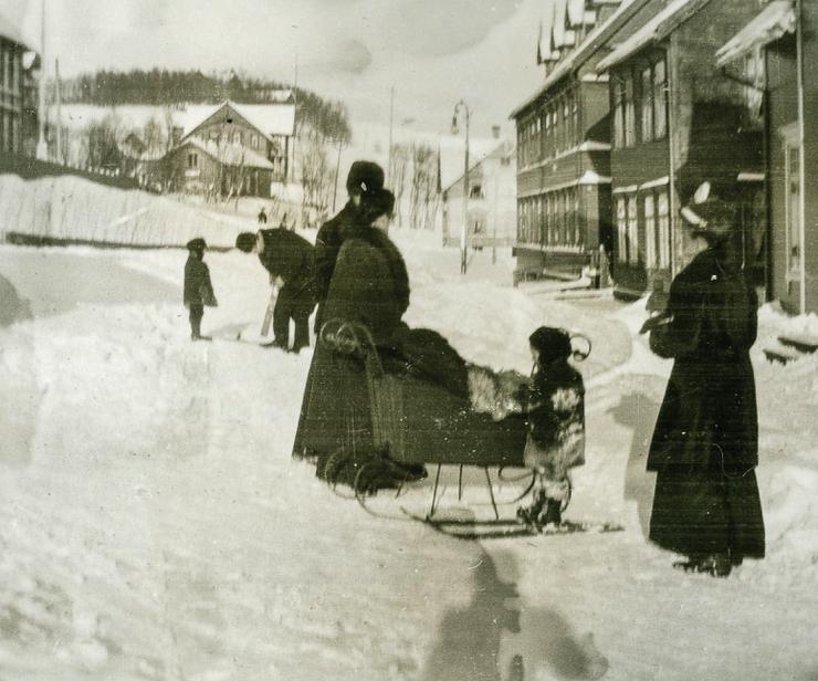 Bebês finlandeses dormem no frio ao ar livre para ficarem mais saudáveis