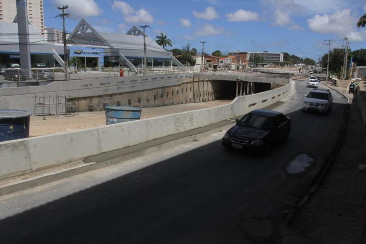 Abertura do túnel na Avenida Borges de Melo