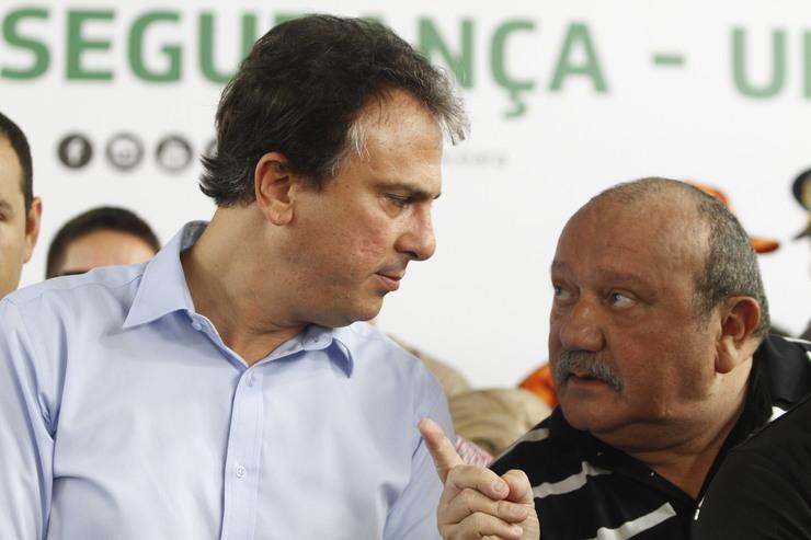 Camilo e Fernando Hugo conversam