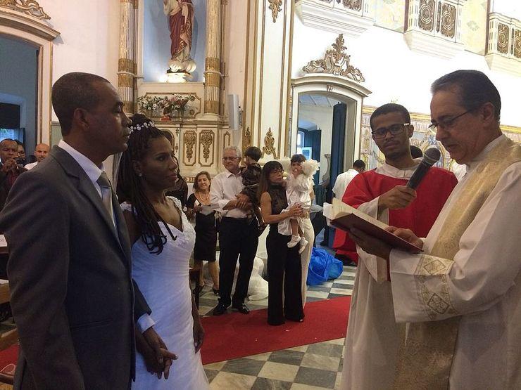 Nilzete e Antônio Marcos já estão juntos há 17 anos, mas aceitaram oficializar a união