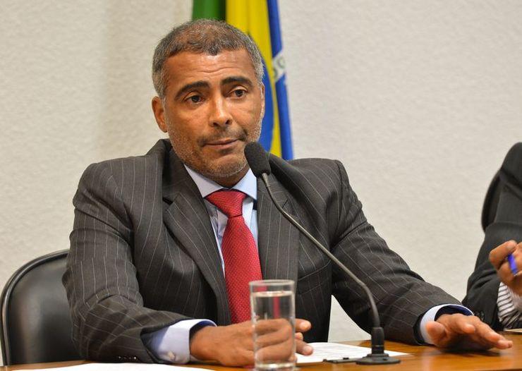 Ex-jogador Romário lidera eleição para o Governo do Rio, aponta pesquisa