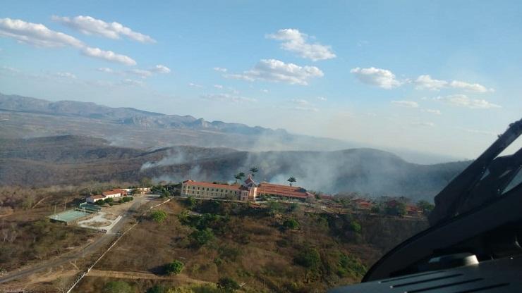 Foto de incêndio em Quixadá (Foto: )
