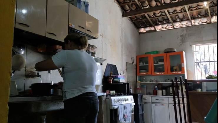 Parte interna da cozinha de Helena