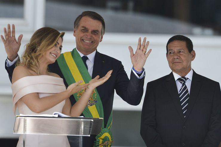 Michelle Bolsonaro, Jair Bolsonaro e General Mourão