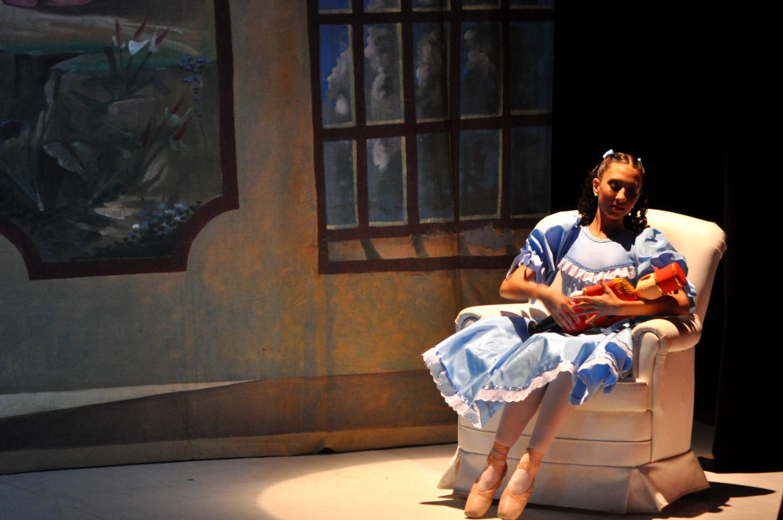 bailarina do Ballet Hugo Bianchi na montagem de Quebra Nozes